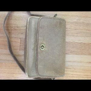 Coach Bags - Vintage Tan Leather Coach Crossbody Bag